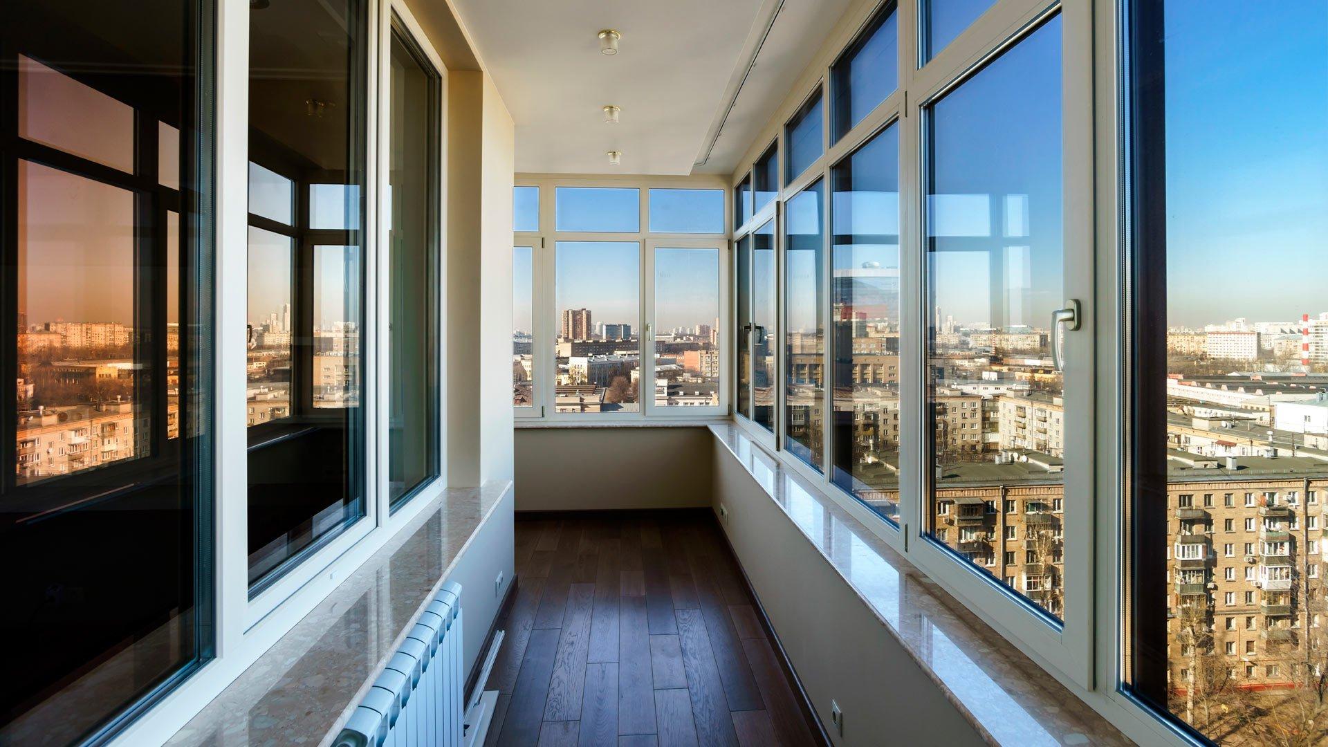 Остекление балконов фото.