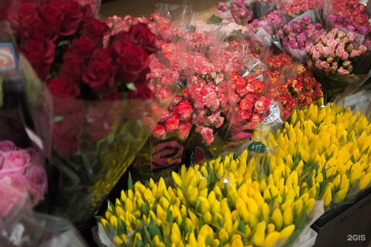Купить живые цветы оптом в челябинске, букеты для