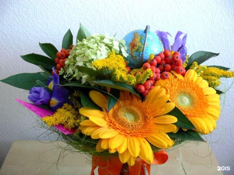 Цветов, композиция из цветов в школу фото