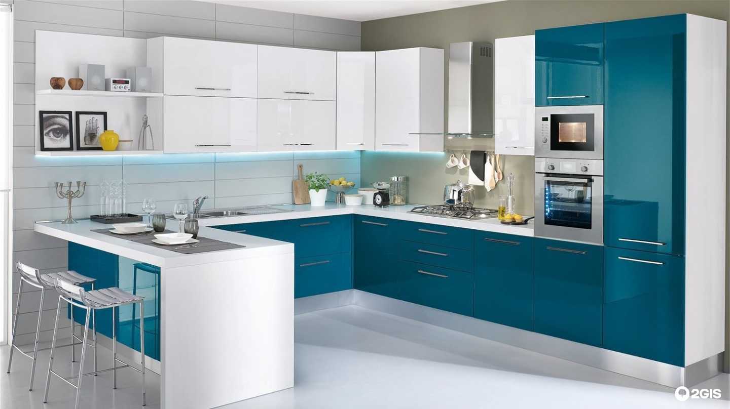 Kitchen design ideas - a fresh combination of blue and white